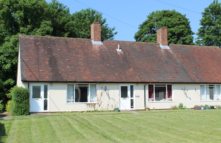1 Beeches Bungalow, Sutton Scotney, Winchester, Hampshire SO21 3JG